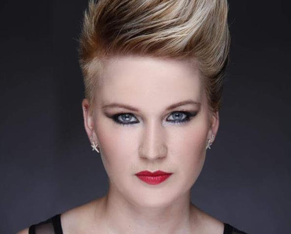 Hannah, owner of 3D Hair & Beauty